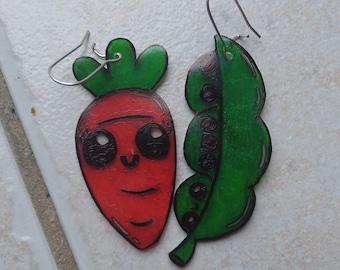 Earrings pea / carrot