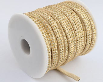 1 meter of 6 mm studded suede cord