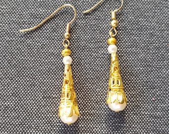 Metal cone pearly white glass Pearl Earrings gold