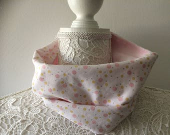 snood for children 4 to 8 years with minkee fabric and pink