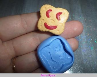 New and Rare! Mini Square 2cm front smile cookie mold!
