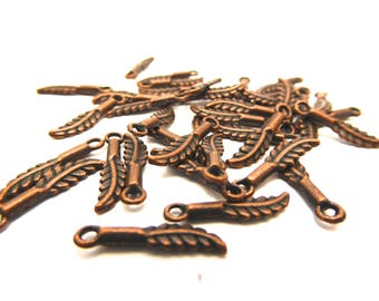22 charms small leaves copper plated 1.5 cm