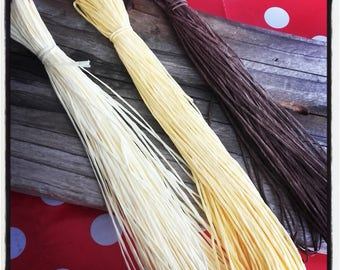 set of 3 skeins of natural raffia 18 m in shades of yellow and Brown