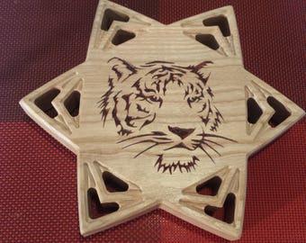 """Trivet with motive """"Tiger"""""""