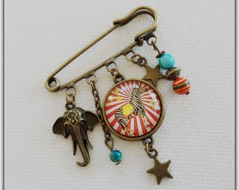 Brooch pin, glass cabochon, circus theme elephant