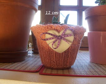 Hand knitted planter