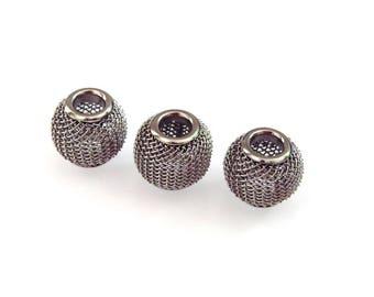 Set of 3 beads 12 mm mesh