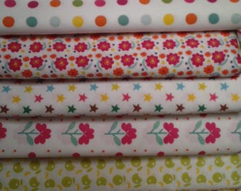 Floral and graphic motifs printed fabrics
