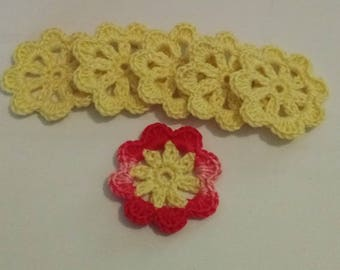 Applique crochet cotton yellow and pink flowers