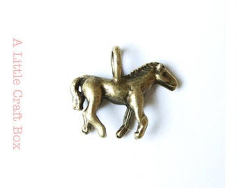 "4 ""horse"" - bronze charms"