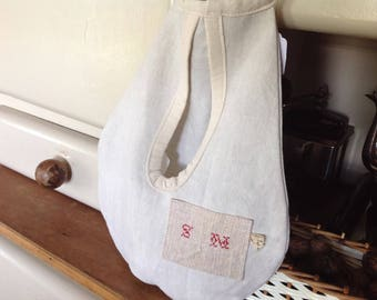 Hanging bag made from old linen