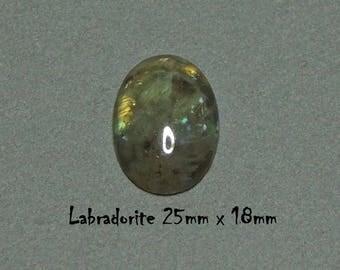 Cabochon Labradorite 25 mm x18mm