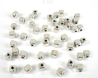 50 beads cubes 4 mm silver color metal
