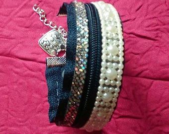 Black bracelet made with a zipper