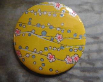 badge, brooch 56 mms
