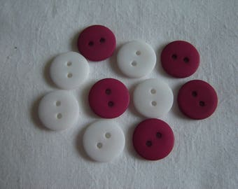10 buttons round plastic resin red & white / / 15 MM