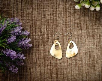 Natural Buffalo Horn Earrings TA 25020