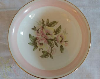 Homer Laughlin Eggshell Nautilus Set of 6 Bowls Pink Floral