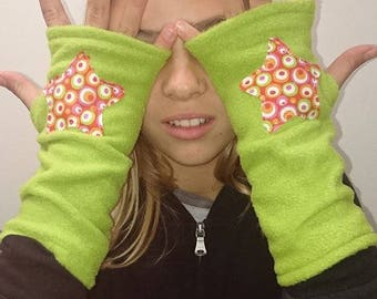 Fleece mittens anise star cotton bubbles funky orange pink lime