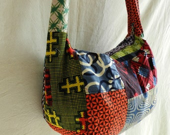 Hobo shoulder Ref: 117 SbL in wax fabric African patchwork closing zipper and 3 pockets