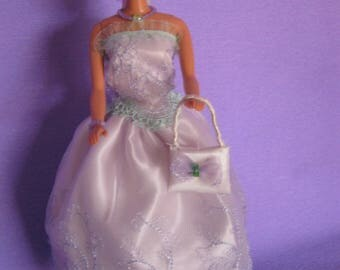 Long dress lined with purple lace (B169)