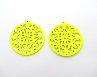 Set of two round beads hoop neon yellow