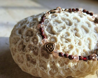 Pink bracelet with hearts-pink glass beads and amaranth/bordeaux-romentico gift for her
