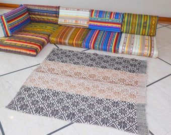 FLOOR SOFA CUSHIONS. To compose self same colors and sizes to choose.