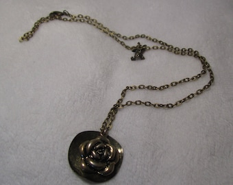 """the necklace """"Flower"""" creat ' Y. O.N"""