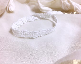 Simple necklace white lace Bohemian wedding/party/ceremony