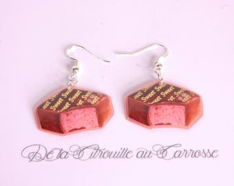 Chocolate filled strawberry, coral earrings