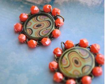 Metal bronze design vintage orange cabochon, cameo charms