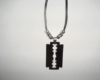 razor blade necklace man NOAH pendant
