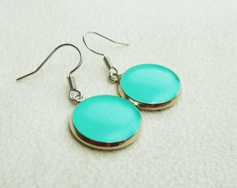 Turquoise dangle earrings / sea green