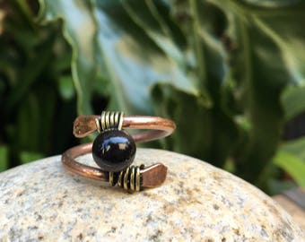 Simple Copper and Brass Black Beaded Ring
