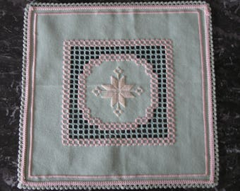 Square doily embroidered in Hardanger and coral
