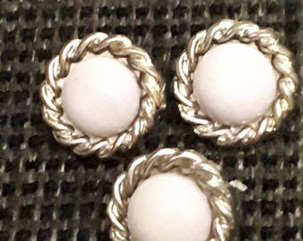 set of 3 buttons a tail vintage white and gold 15 mm