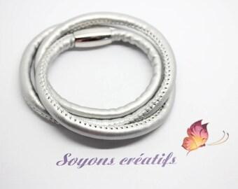 PU Triple silver 61 cm magnetic Fermor - SC76539 - 1 bracelet