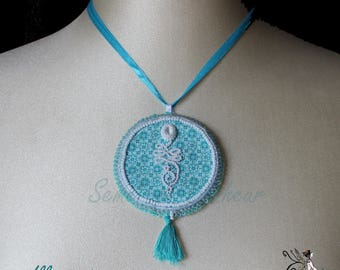 "Embroidered necklace ""enlightenment"""