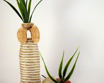 Glass flower vase mono-and hemp ropes natural and white nylon upcycling