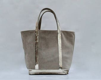New shopping bag in Beige suede with gold clear sequins