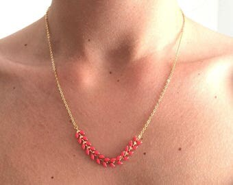 Necklace chain mini coral chevrons