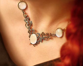 "Necklace extravaganza ""Korrigane"" Moonstone Bronze"