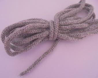Tricotin tube laine  grise + fil argenté 6 mm