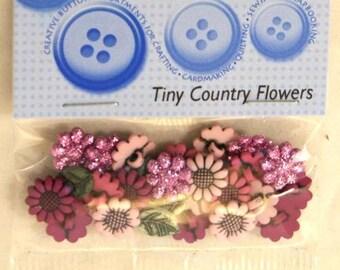 Assortment of 18 novelty buttons - small flowers