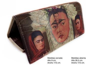 Frida Clutch Wallet