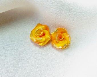Set of 2 flowers Mini-cabochons * solar yellow *.