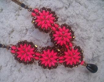 BEAUTIFUL NECKLACE * beadwork