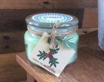 Under the Mistletoe Soy Candle (100% pure essential oils)