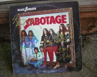 Black Sabbath Signed Lp Sabotage Ozzy Osbourne.